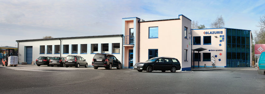 Modernizacja centrum handlowego GLAZURIS - widok od parkingu