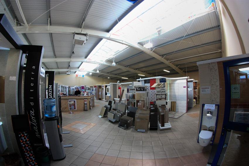 Modernizacja wnętrza w centrum handlowym GLAZURIS