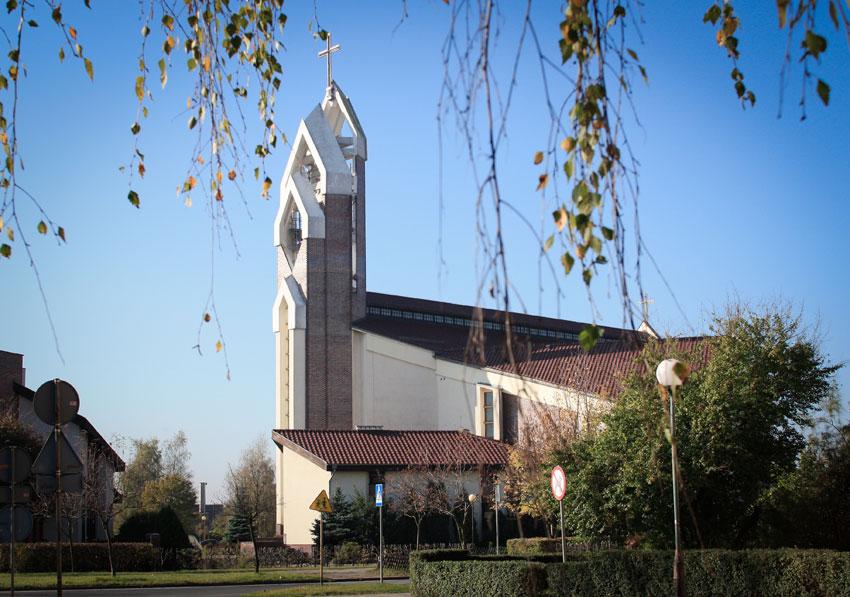 Kościół pw. Św. Józefa w Nowej Soli - widok od strony osiedla