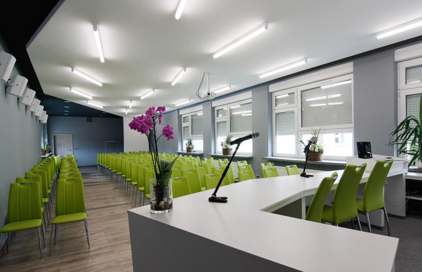 Sala po modernizacji - widok zza mównicy